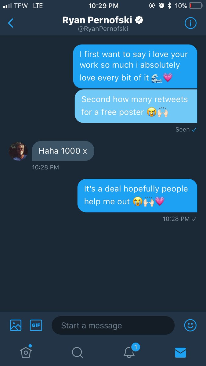 GUYS PLEASE HELP ME GET 1000 RETWEETS I LOVE HIS WORK SO MUCH 💙@RyanPernofski 🌊💙