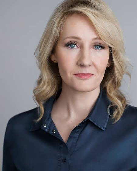 ¡HAPPY BIRTHDAY! J.K Rowling