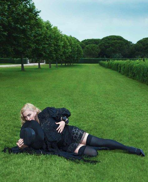 Madonna - Σελίδα 2 DjbumINUUAATDWB