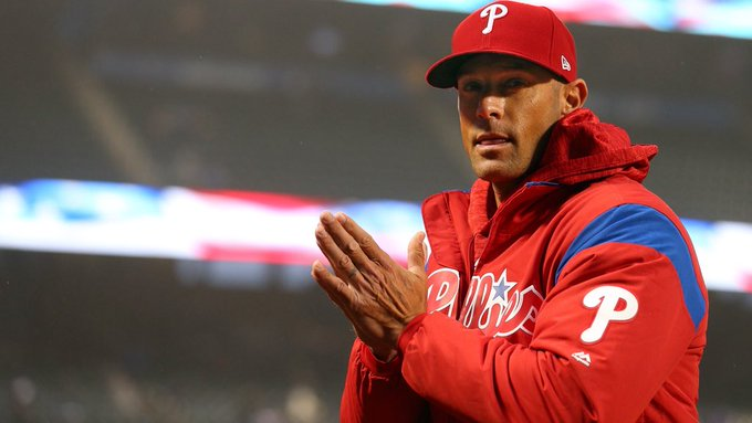 Happy 43rd birthday to manager and certified stud muffin Gabe Kapler!