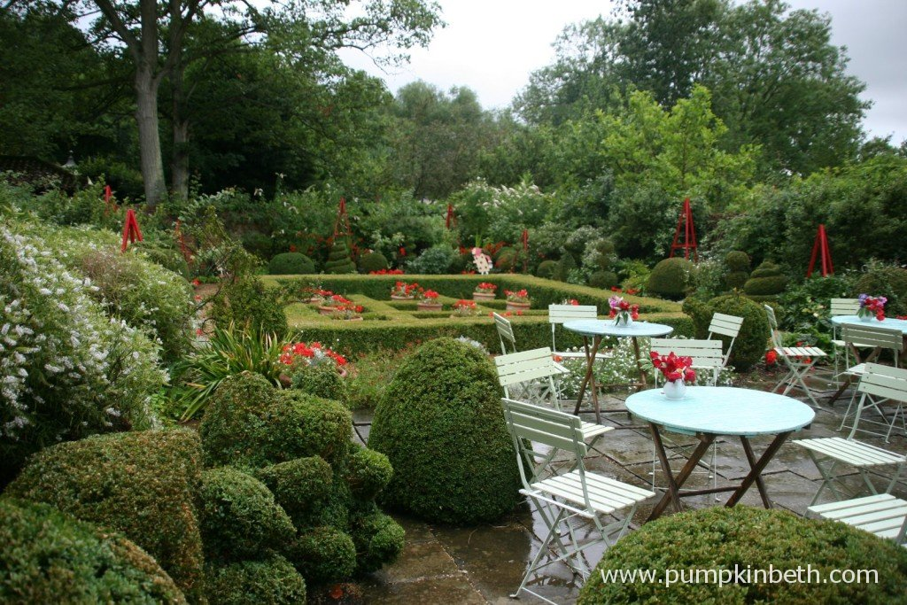 RT @pumpkin_beth I missed #InternationalFriendshipDay, I'm celebrating late, with a reminder of some of the #beautifulgardens with a #friends or membership scheme: https://t.co/KVmEBhnlIN #Gardens #Surrey #GardensToVisit #DaysOut #WeekendPlans #Plants #Thingstodo #Hampshire #WestSussex #Sussex