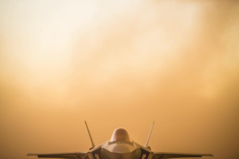 «الطائرة الشبحية F35» آخر ما وصل إليه الطيران الحربي - صفحة 2 DjdWj8qXcAA9jLn