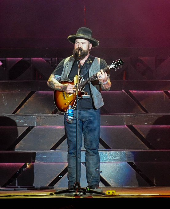 Happy 40th Birthday Zac Brown !!! Come back to DFW!!