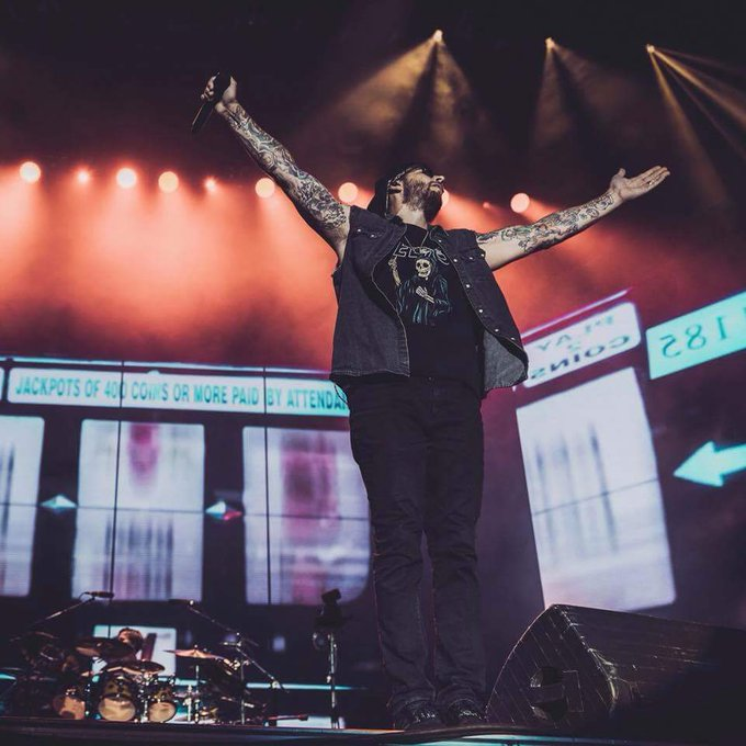 Happy Birthday M. Shadows you\re so dedicated to your fans. Keep up the good shit and I hope you get better soon.