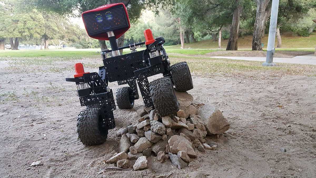 I shall call her Mini-Me. Build your own robot with these open source rover plans from @NASAJPL 🤖 https://t.co/IDduG0OjPF