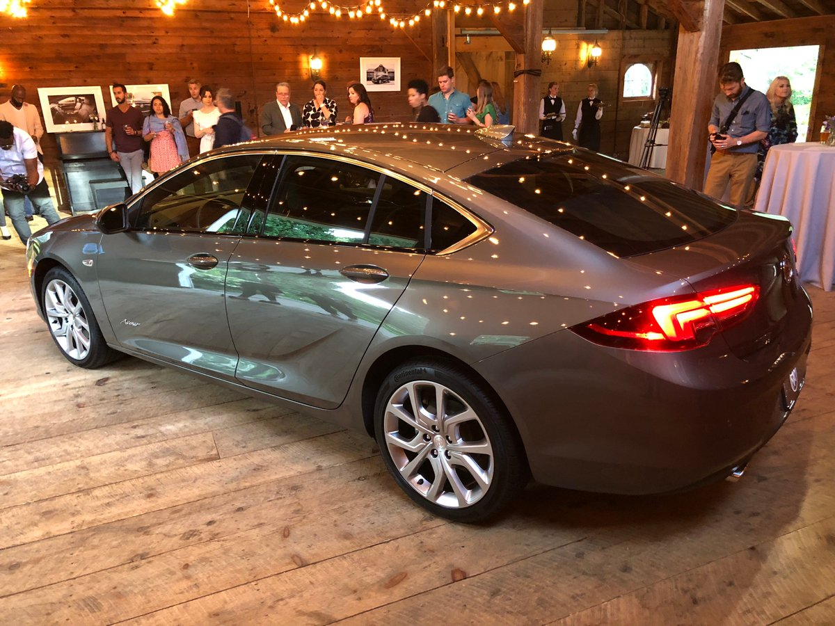 Edmunds On Twitter The 2019 Buick Regal Avenir Is The Newest