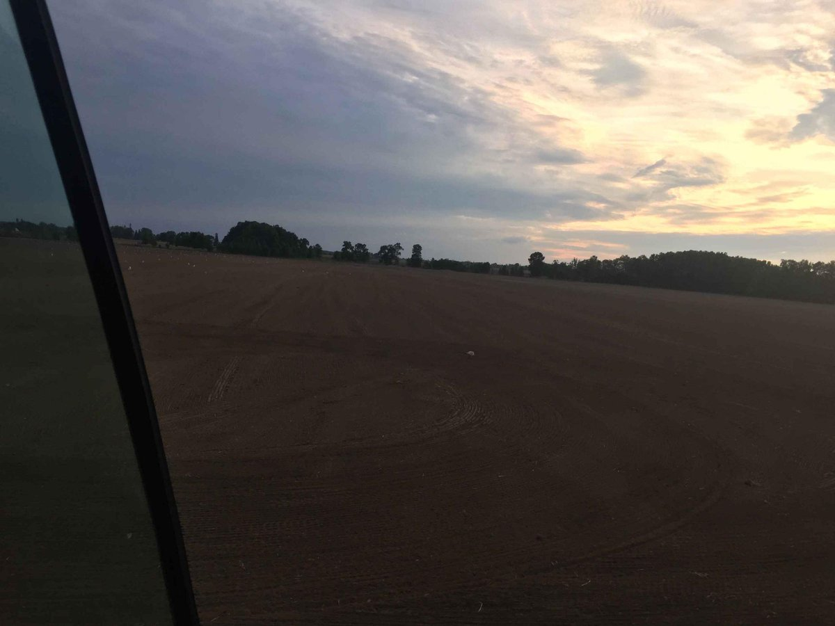 As the sun sets the staff has the first 50ac of seed in the ground.  We seed from now until mid September for the 2020 season. #thinkgreencallfairgreen #sodfarming #seedingtime #ontag #brillion https://t.co/u8HNH5f14O
