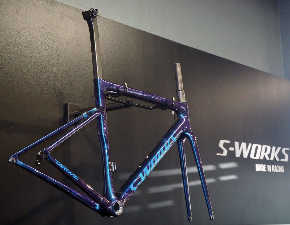 467adb63eba @specialized @sworks #sworks #specialized #sworkstarmac #tarmac #cycling  #nelspruit Frameset R54,000pic.twitter.com/yrBaHO1V4t