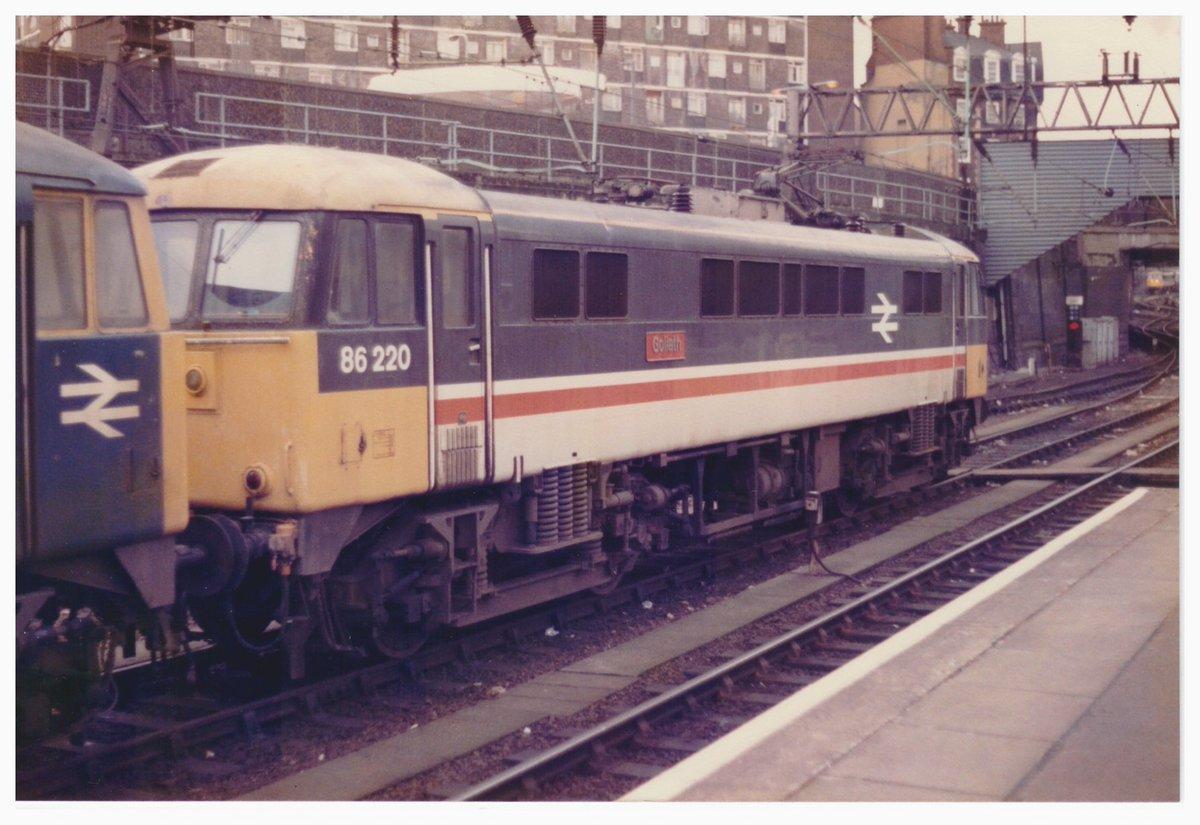 Djf8VQkX4AELP5d - Euston Station Anniversary Special
