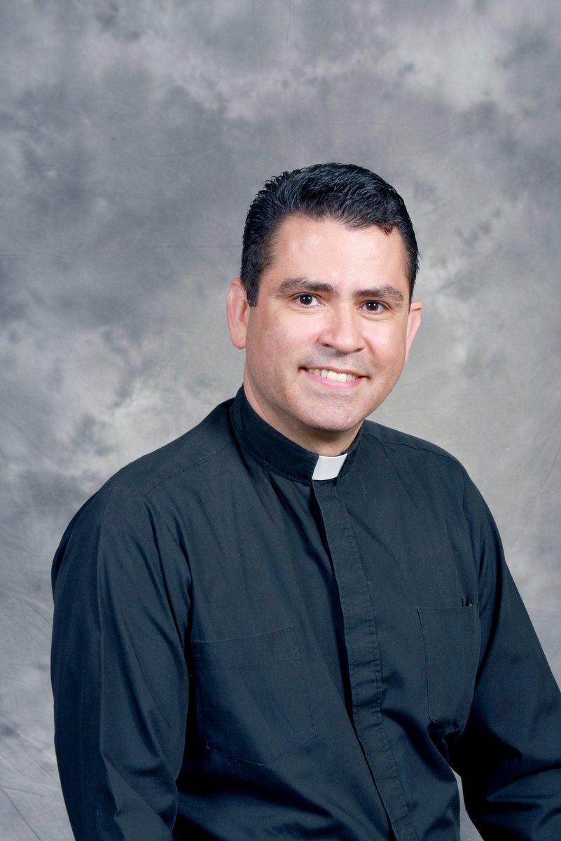 Rector de Santuario de Virgen de Guadalupe entre sobrevivientes de avión de Aeroméxico