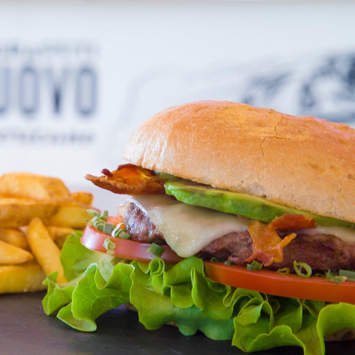 Miami Burger o Summer Turkey Sandwich, voi quale preferite? 😍   #americagraffiti #turkey #sandwich #gnam #food #summer #menu #new #summer #estate #fresh #food #foodporn #estate #burger #avocado https://t.co/VLAv1o3VZd