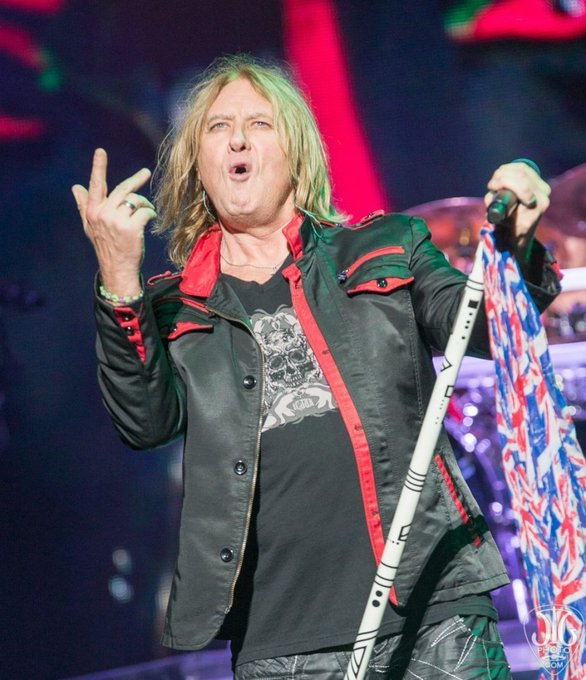 Happy Birthday Joe Elliott!! The lead singer of my favorite band of all time