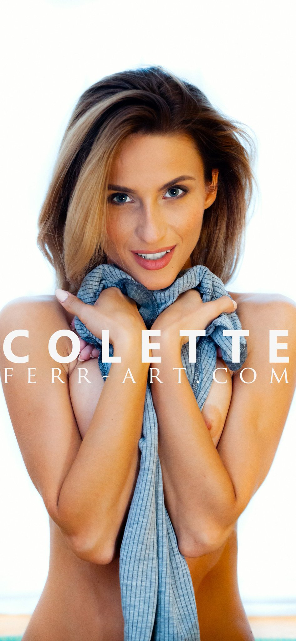 Ferr Art Com On Twitter Get Your Monthly Wall Paper August With Colette Https T Co B3j2pykoc4