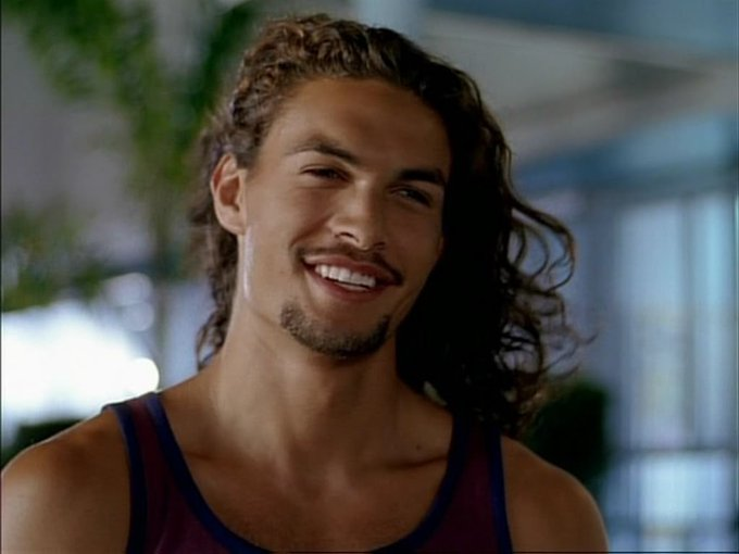 Single me would have licked the screen Happy 39th Birthday to Jason Momoa