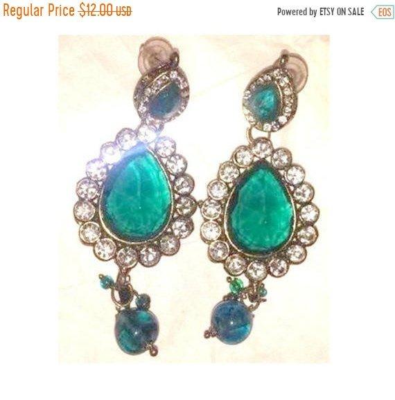Vintage Emerald Rhinestone Earrings Pierced Green Tear Drop Dangling White Rhinestones Wedding