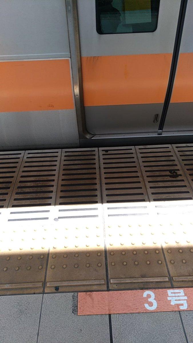 中央線(快速)の東小金井駅で人身事故の画像