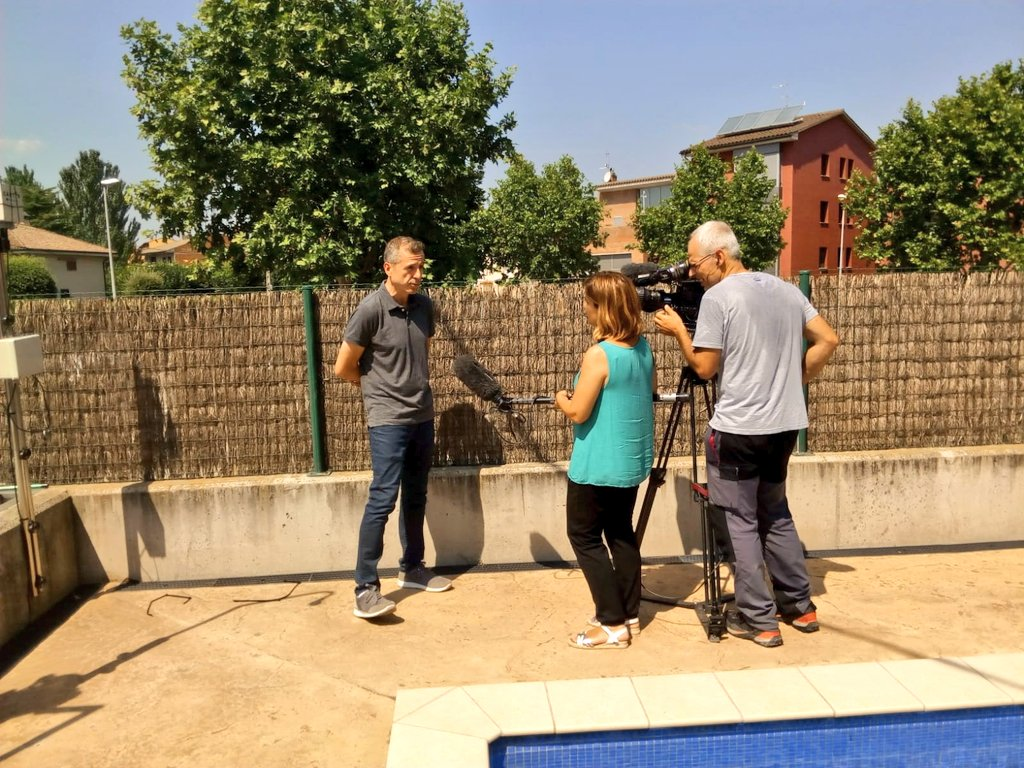 test Twitter Media - Today @tv3cat journalists have gone to visit one of the volunteers of the captor project in Spain accompanied by Jorge Garcia (@la_UPC) and Anna Ripoll (@CSICCat,), membres of the team that develops the citizen of ozone monitoring campaign  #captorproject #ozonepollution https://t.co/Lv5H0Nnoli