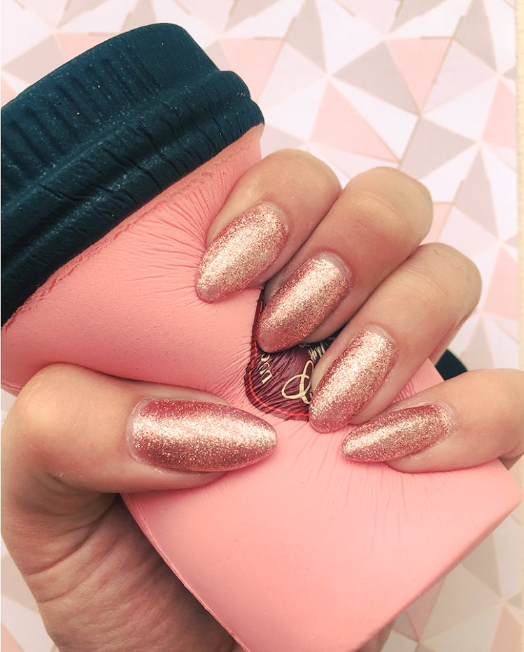 Zoes Nail Art And Beauty On Twitter Rose Gold Nails And