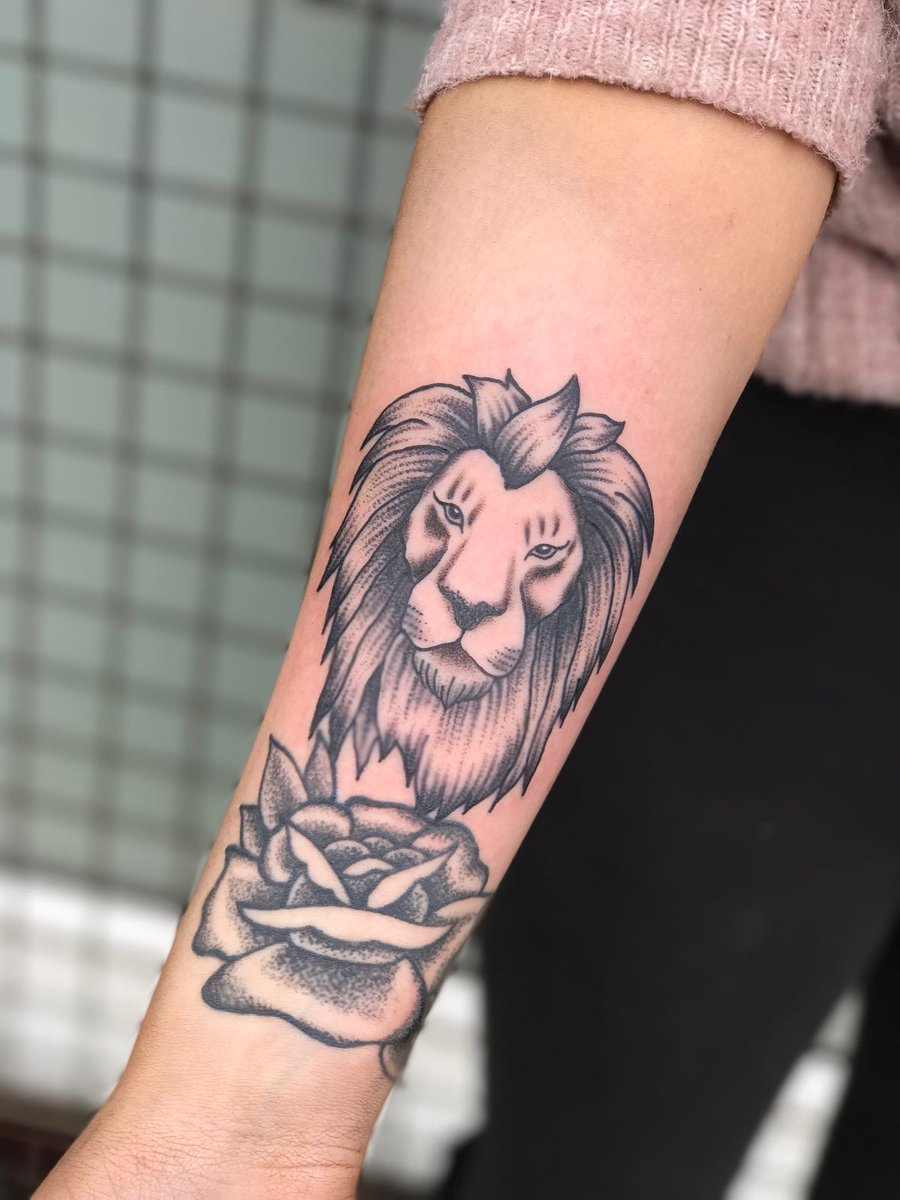 Carpe Diem Tattoo On Twitter Teeny Tiny Lion From Jc Recently Carpediemjc Macclesfieldrt Magnumtattoo Eternalink Macclesfieldrt Worldfamousink Blackandgrey Tattoo Lion Tiny Roar Carpediem Macclesfield Carpe Diem Tattoo Hotmail Co