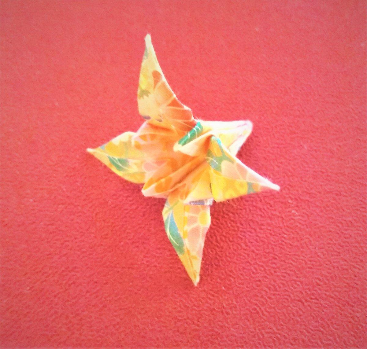 Noriko grace designs on twitter opening iris flower is very noriko grace designs on twitter opening iris flower is very satisfying from nothing like flower to becoming 3d flower origami iris opening 3d izmirmasajfo