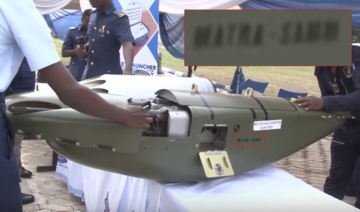 نيجيريا تدمج بود رشاش مأخوذ من مروحيات Bo-105 على مروحيات Bell-412 DjnC0FPW4AAWCVe