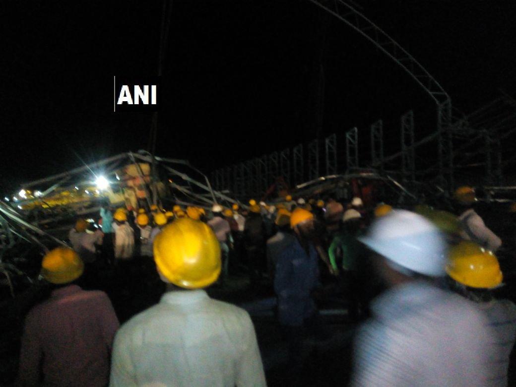 Three labourers dead, four injured after a crane at an under-construction cement factory in Kalaburagi. #Karnataka