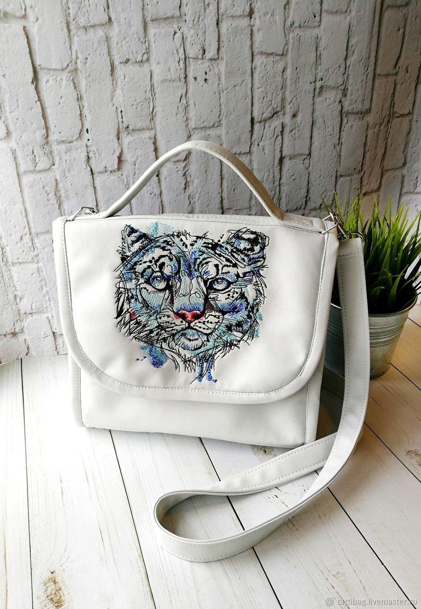 Embroideres Studio On Twitter Portfolio With Snow Leopard