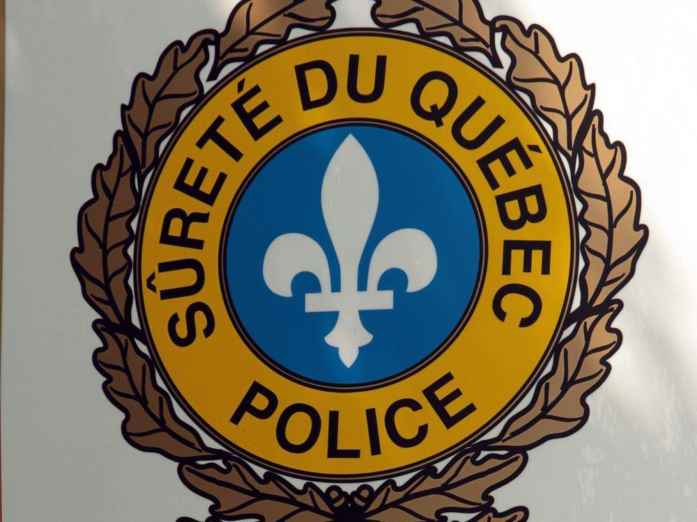 Truck rolls down hill, crushes duplex near Quebec City https://t.co/lezmQalpZg https://t.co/hYanta5WnD