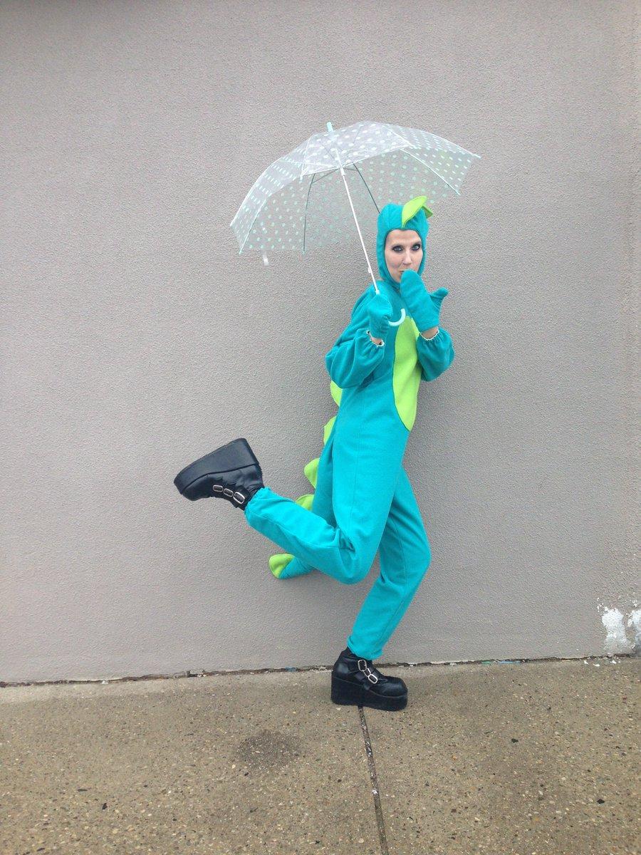 costumestore hashtag on Twitter