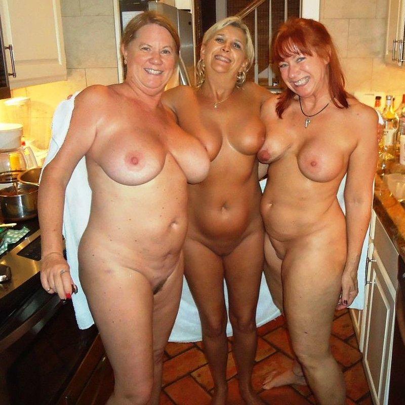 Ireland nude moms pics