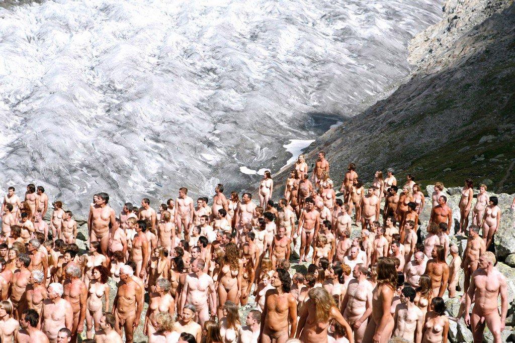Фотосессия голых людей, пьяных студенток имеют в очко смотреть онлайн