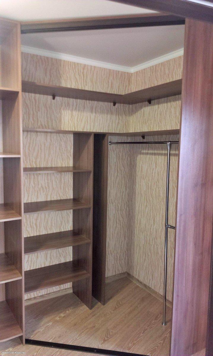Самодельные встроенные угловые шкафы фото
