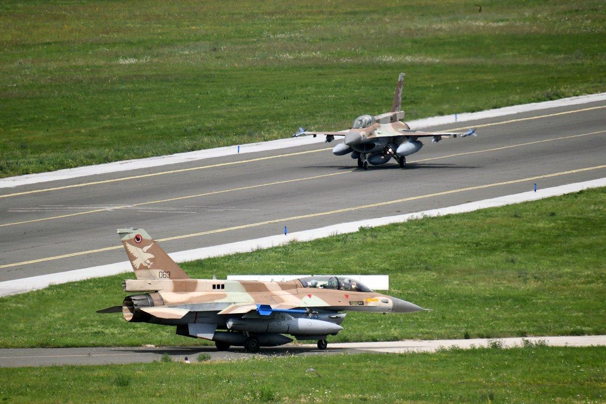 كرواتيا مهتمه بشراء مقاتلات F-16 مستعمله من اسرائيل  DjqcauQW0AANosc