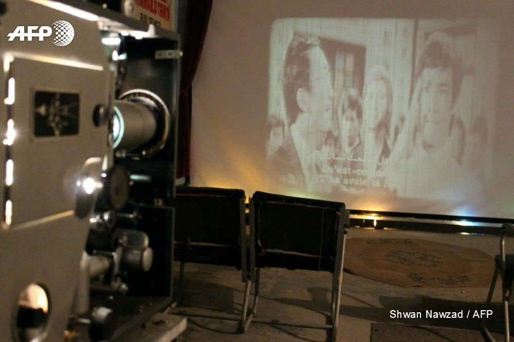 From black-and-white musicals to action movies, Abdel Qader al-Ayoubi screens films and exhibits paraphernalia of the art form in his basement in the Iraqi city of Kirkuk, a cinema-free zone https://t.co/LDvhterGf2
