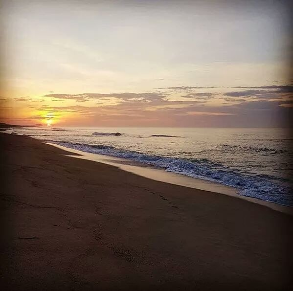 """Nothing says """"good morning"""" like a gorgeous sunrise view from Barceló Gran Faro Los Cabos.  📸 via Instagram by @paulinalvalle  #BarceloExperience #Summertime #Cabo #sunrise #beachfront #goodmorningcabo #wonderfullview #beachview #Repost"""