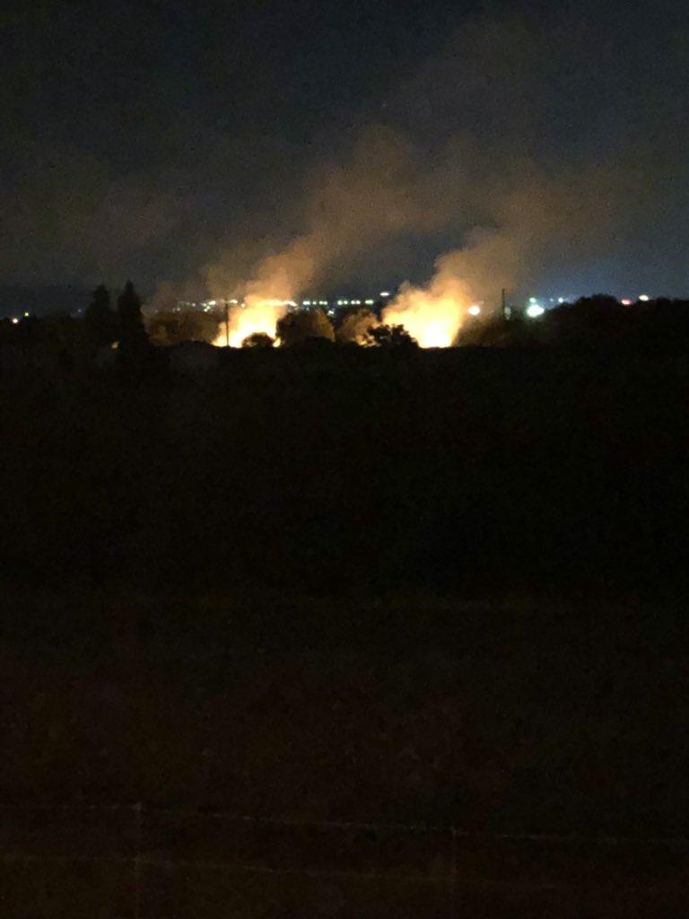 長岡まつり花火大会で三尺玉の火の粉で出火した火災現場の画像
