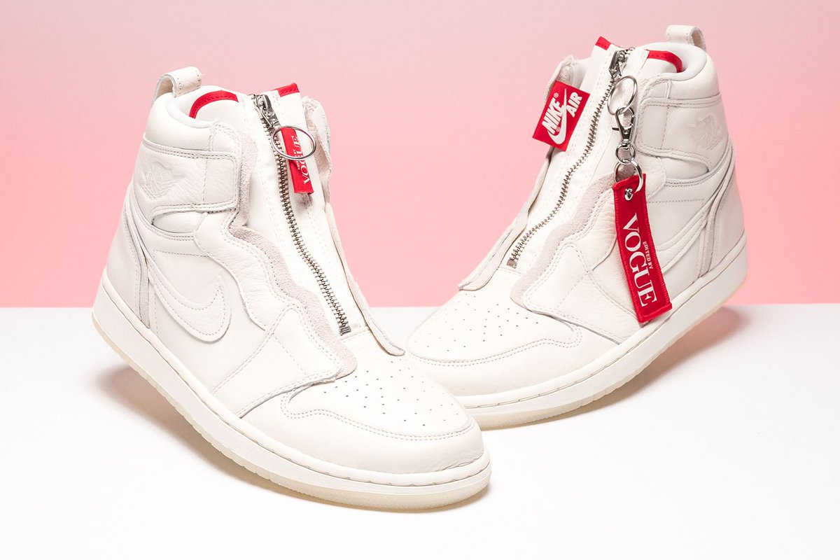 afa99dca0 The Anna Wintour-approved silhouette set a new standard in women s sneakers.  https   buff.ly 2LNu6aD pic.twitter.com TipSZdNgyn