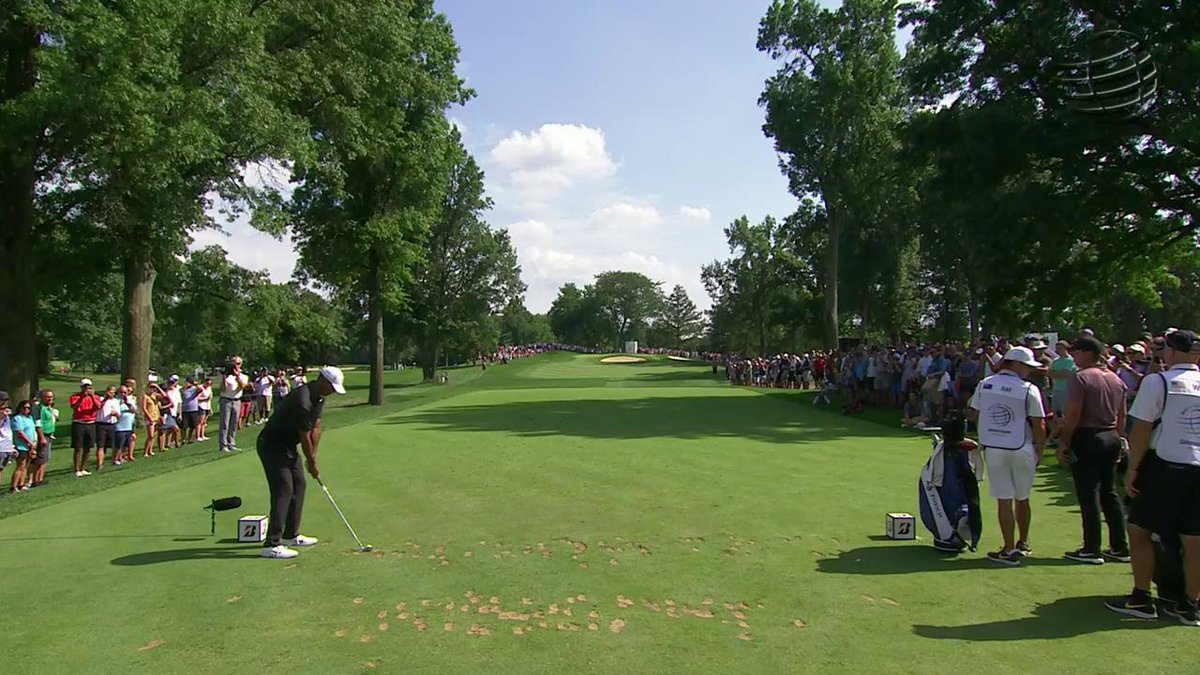 Watch Tiger Woods hit the shot of the day at Firestone's toughest hole