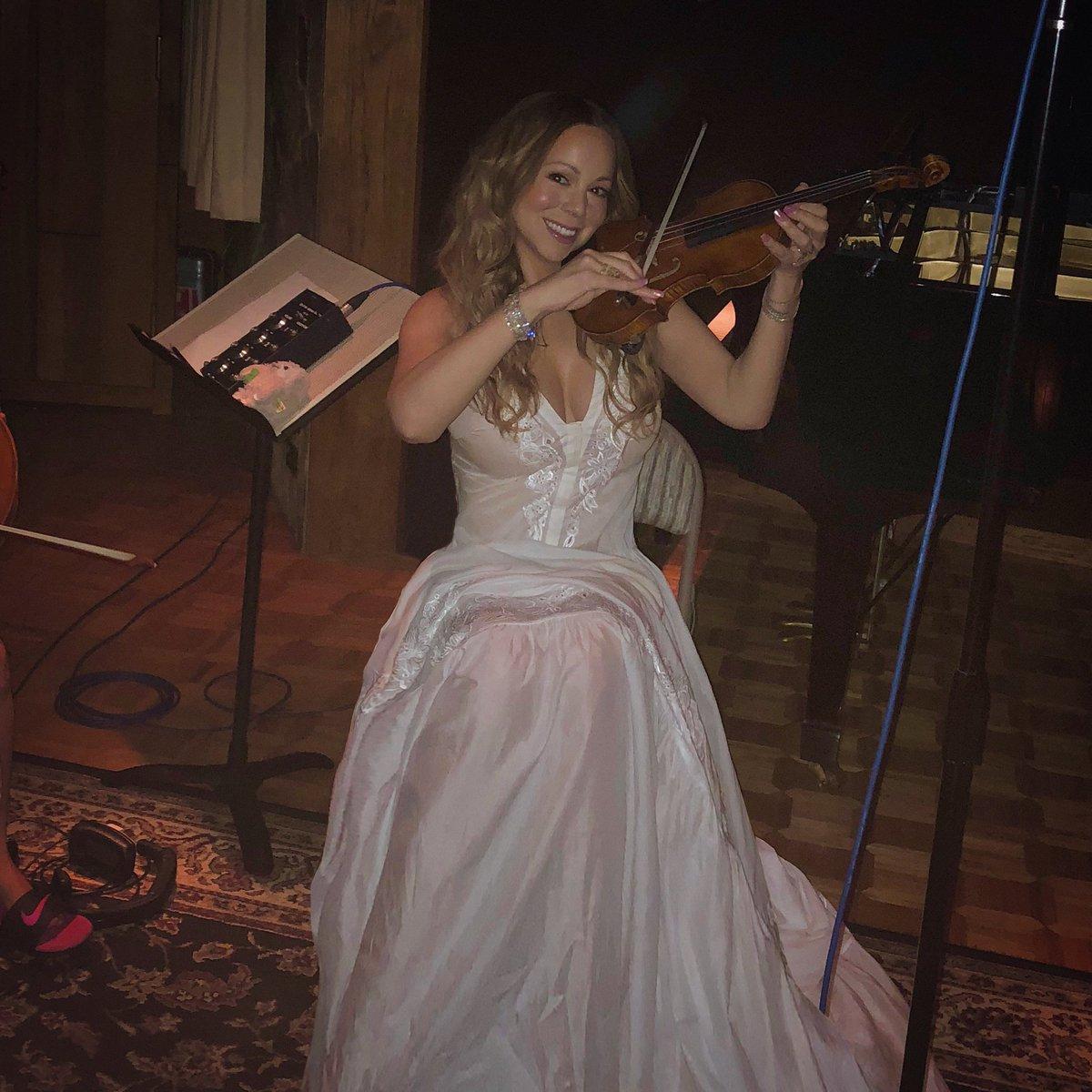 Twitter Mariah Carey nude photos 2019