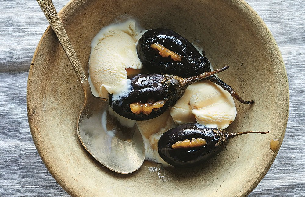 Can't imagine eating eggplant for dessert? These honey-cured eggplant will change your mind. https://t.co/tR6KcBsYTY https://t.co/CbjS7arogH