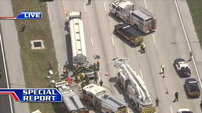 traffic alert: southbound i-75 shut down near royal palm