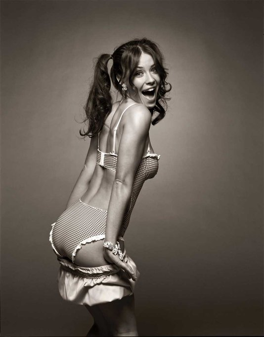Happy Birthday Evangeline Lilly!