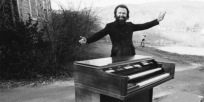 Happy 81st birthday to Garth Hudson of The Band. A proper legend