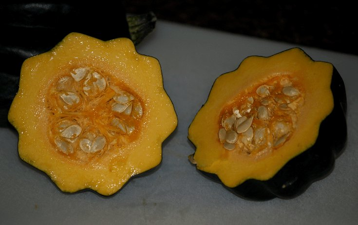 Cooking Acorn Squash https://t.co/vKR882IpmO https://t.co/WzwJexzoDk