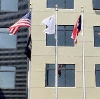 # retransmit #Hospitals always fly the #flags with pride. #US #Illinois #POW/MIA, #PuertoRico Flags https://t.co/yI4PTyhD2l https://t.co/LjR1FnVVFC