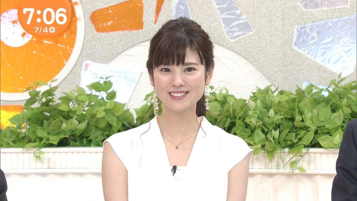 曽田麻衣子白いトップスで爽やか収録姿