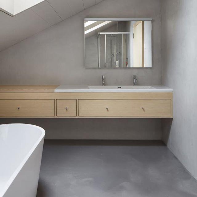 Microcement in Bathroom  House in Domat by Iso Huonder  #concrete #cupioconcrete #concretedesign #microcement #microcemento #polishedconcrete #concretewall #concretefloor #betong #concreteblocks #concretejungle #concretebathroom #concretedecor   https:// ift.tt/2lJXTlb  &nbsp;  <br>http://pic.twitter.com/ZUkQc97ezb