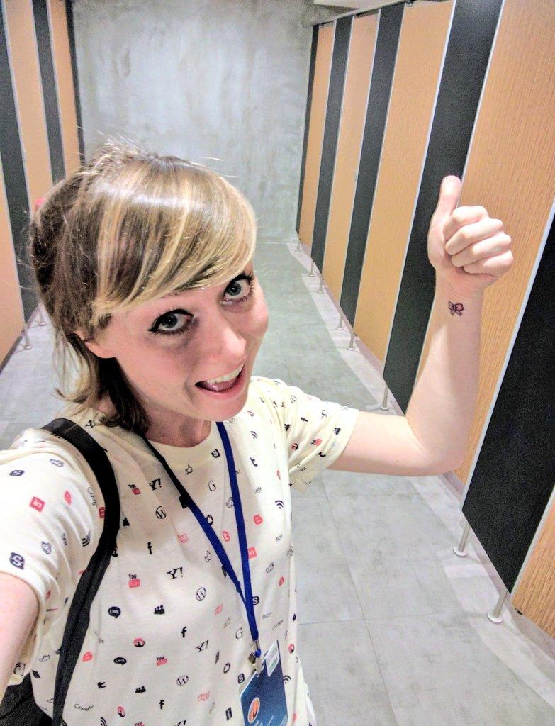 7f7d4b6b9ee8 Chloe Condon 🎀 on Twitter