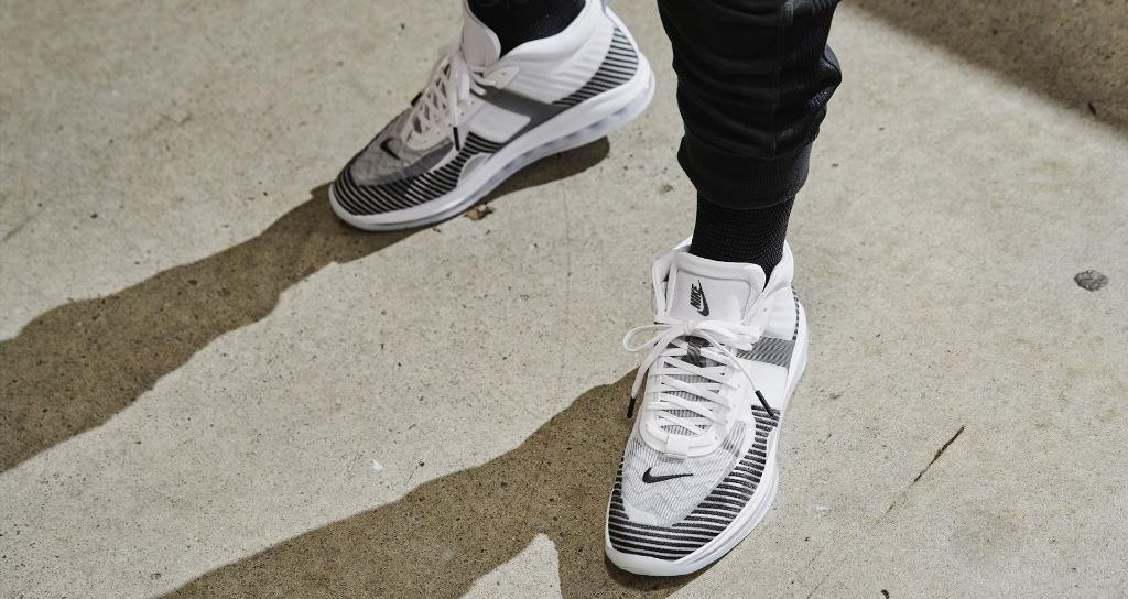 3db40f8da Nike.com on Twitter: