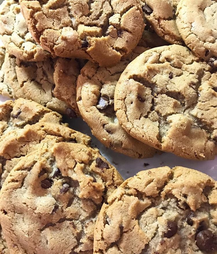 Three words -- West Hall cookies.   We know no better way to celebrate #NationalChocolateChipCookieDay, do you? <br>http://pic.twitter.com/FsmB5FbVvc